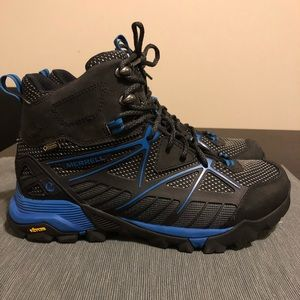 Merrell Gore-Tex Hiking Boots Size 8
